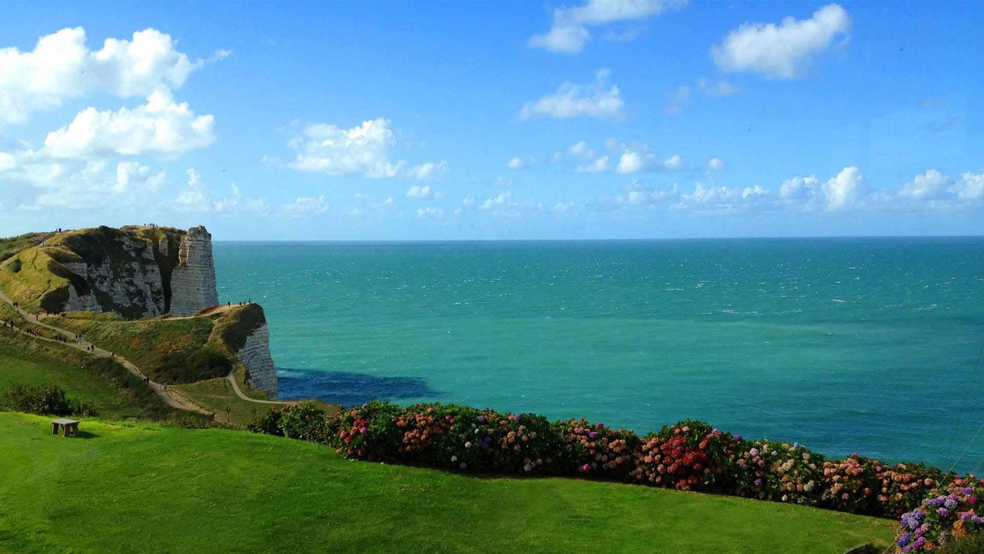 falaises étretat golf normandie